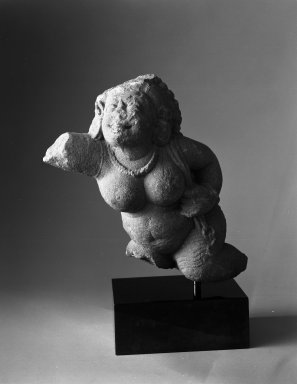 Post-Gupta. <em>Attendant Figure</em>, 6th century. Sandstone, H: 10 in. (25.4 cm). Brooklyn Museum, Gift of Georgia and Michael de Havenon, 83.182.3. Creative Commons-BY (Photo: Brooklyn Museum, 83.182.3_bw.jpg)