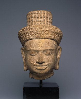 <em>Head of Shiva</em>, first quarter of 10th century. Sandstone, 7 1/16 x 4 3/4 x 4 1/8 in. (18 x 12 x 10.5 cm). Brooklyn Museum, Gift of Mr. and Mrs. Michael de Havenon, 83.182.5. Creative Commons-BY (Photo: Brooklyn Museum, 83.182.5_SL1.jpg)