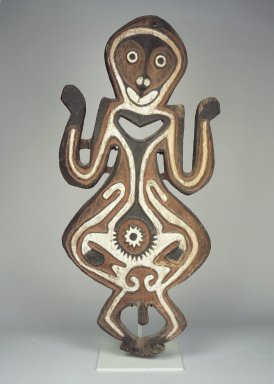 Era River. <em>Figure (Bioma)</em>, early 20th century. Wood, natural pigments (red, white, and black), 39 3/4 x 18 3/8 x 3 in. (101 x 46.7 x 7.6 cm). Brooklyn Museum, Gift of Marcia and John Friede and Mrs. Melville W. Hall, 83.246.3. Creative Commons-BY (Photo: Brooklyn Museum, 83.246.3.jpg)