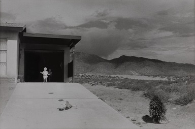 Garry Winogrand (American, 1928-1984). <em>Albuquerque, New Mexico</em>, 1958; reprinted 1974. Gelatin silver photograph, Other (Mount): 14 3/4 x 19 3/4 in. (37.5 x 50.2 cm). Brooklyn Museum, Gift of Renata Shapiro, 83.266.2. © artist or artist's estate (Photo: , 83.266.2.jpg)