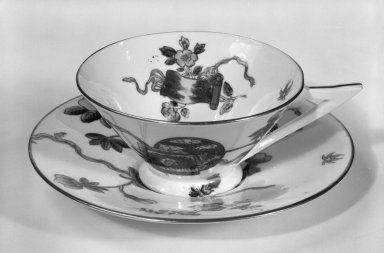 George Jones & Sons Ltd. (1861-1951). <em>Tea Cup and Saucer</em>, ca. 1876. Porcelain, 1 3/4 x 4 1/2 x 3 5/8 in. (4.4 x 11.4 x 9.2 cm). Brooklyn Museum, Designated Purchase Fund, 84.128a-b. Creative Commons-BY (Photo: Brooklyn Museum, 84.128a-b_bw.jpg)