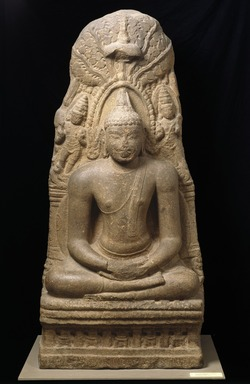 <em>Buddha Meditating Under the Bodhi Tree</em>, ca. 900 C.E. Granite, 69 1/2 x 31 1/2 x 18 1/2 in., 2357 lb. (176.5 x 80 x 47 cm, 1069.13kg). Brooklyn Museum, Gift of Alice Boney, 84.132. Creative Commons-BY (Photo: Brooklyn Museum, 84.132_SL1.jpg)