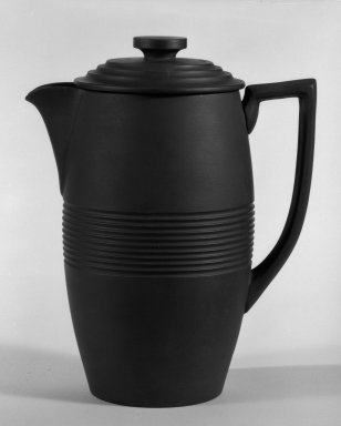 Keith Murray (English, born New Zealand, 1892-1981). <em>Coffee Pot with Lid</em>, 1931-1938. Basalt ware, 7 1/2 x 6 1/4 x 4 in. (19.1 x 15.9 x 10.2 cm). Brooklyn Museum, Gift of Paul F. Walter, 84.178.1a-b. Creative Commons-BY (Photo: Brooklyn Museum, 84.178.1a-b_bw.jpg)
