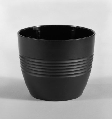 Keith Murray (English, born New Zealand, 1892-1981). <em>Sugar Bowl</em>, 1931-1938. Basalt ware, 2 3/4 x 3 1/4 in. (7 x 8.3 cm). Brooklyn Museum, Gift of Paul F. Walter, 84.178.3. Creative Commons-BY (Photo: Brooklyn Museum, 84.178.3_bw.jpg)