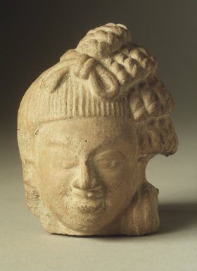 <em>Head of a Male Figure</em>, 5th century. Red Terracotta, 3 3/4 x 2 7/8 in. (9.5 x 7.3 cm). Brooklyn Museum, Gift of Georgia and Michael de Havenon, 84.184.6. Creative Commons-BY (Photo: Brooklyn Museum, 84.184.6.jpg)