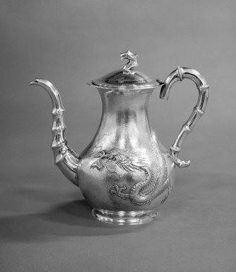 Lianchang. <em>Export Chocolate Pot</em>, early 20th century. Silver, 8 3/4 x 9 3/4 in., 661 lb. (22.2 x 24.8 cm, 299.8kg). Brooklyn Museum, Gift of Stanley J. Love, 84.195.21. Creative Commons-BY (Photo: Brooklyn Museum, 84.195.21_bw.jpg)