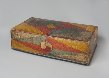 <em>Box</em>, 19th century. Painted and cut paper, on paper-mache, 4 x 8 x 13 1/4 in. (10.2 x 20.3 x 33.7 cm). Brooklyn Museum, Gift of Dr. Kenneth Rosenbaum, 84.203.10a-b. Creative Commons-BY (Photo: Brooklyn Museum, 84.203.10a-b_PS11.jpg)