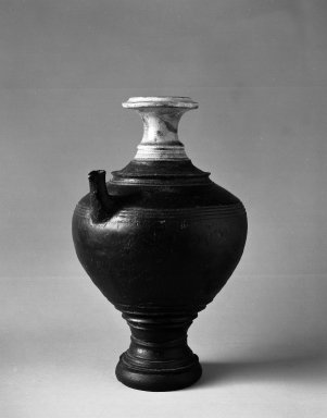 <em>Ewer</em>, ca. 12th century. Brown glaze ware, Ceramic, 12 3/4 in. (32.4 cm). Brooklyn Museum, Gift of Georgia and Michael de Havenon, 84.246.2. Creative Commons-BY (Photo: Brooklyn Museum, 84.246.2_bw.jpg)