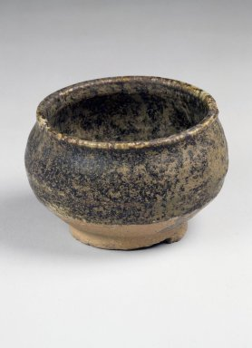 <em>Jar</em>, 19th century. Stoneware, Height: 2 5/16 in. (5.8 cm). Brooklyn Museum, Gift of John M. Lyden, 84.262.24. Creative Commons-BY (Photo: Brooklyn Museum, 84.262.24.jpg)