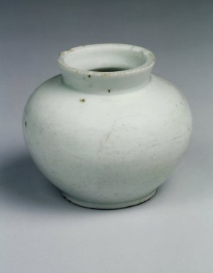 <em>Jar</em>, 20th century (possibly). Porcelain, glaze, Height: 2 13/16 in. (7.1 cm). Brooklyn Museum, Gift of John M. Lyden, 84.262.27. Creative Commons-BY (Photo: Brooklyn Museum, 84.262.27.jpg)