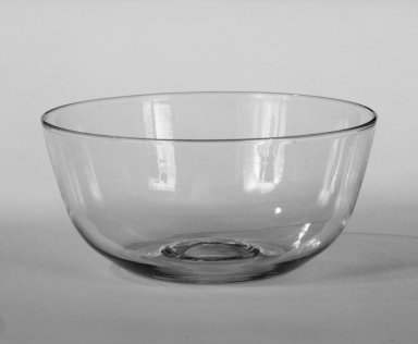Wilhelm Wagenfeld (1900-1990). <em>Sugar Bowl</em>, 1930-1934. Clear heat-resistant glass, 1 3/4 x 3 7/8 in. (4.4 x 9.8 cm). Brooklyn Museum, Gift of Barry Friedman, 84.64.3. Creative Commons-BY (Photo: Brooklyn Museum, 84.64.3_bw.jpg)