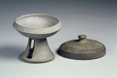 <em>Pedestal Bowl with Lid</em>, 6th century. Stoneware, Height: 3 1/8 in. (7.9 cm). Brooklyn Museum, Gift of Mr. and Mrs. Roger Elliot and Mr. and Mrs. Jack Ford in memory of Jean Alexander, 85.114.1a-b. Creative Commons-BY (Photo: Brooklyn Museum, 85.114.1a-b.jpg)