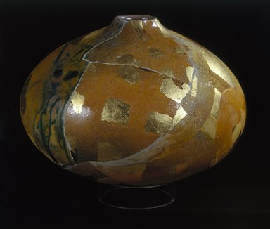 Rick Dillingham (1952-1994). <em>Vase</em>, ca. 1984. Glazed earthenware, 7 1/2 x 10 x 10 in. (19.1 x 25.4 x 25.4 cm). Brooklyn Museum, H. Randolph Lever Fund, 85.13. Creative Commons-BY (Photo: Brooklyn Museum, 85.13_SL1.jpg)