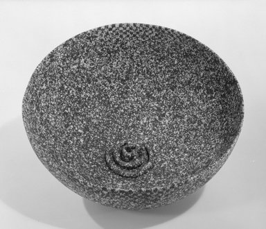 "Christina Bertoni (American, born 1945). <em>""Double Dissolve"" Bowl</em>, ca. 1982. Glazed earthenware, 5 x 9 1/4 in. (12.7 x 23.5 cm). Brooklyn Museum, This acquisition was made possible through the Louis Comfort Tiffany Foundation, 85.15.2. Creative Commons-BY (Photo: Brooklyn Museum, 85.15.2_bw.jpg)"