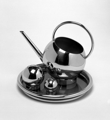 Russel Wright (American, 1904-1976). <em>Pepper Shaker, from Four-piece Corn Set</em>, mid 1930s. Chromed metal, Overall: 1 1/4 x 1 x 1 in. (3.2 x 2.5 x 2.5 cm). Brooklyn Museum, Gift of Paul F. Walter, 85.158.7a-b. Creative Commons-BY (Photo: , 85.158.4-.7a-b_bw.jpg)