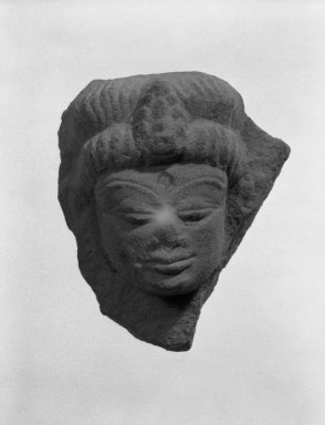 Kaushambi (Uttar Pradesh). <em>Head of Deity</em>, 4th-5th century. Tan sandstone, 2 5/8 x 2 5/16 in. (6.6 x 5.9 cm). Brooklyn Museum, Gift of Norvin Hein, 85.216.1. Creative Commons-BY (Photo: Brooklyn Museum, 85.216.1_bw.jpg)