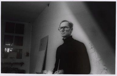 Lenore Seroka (American, born 1935). <em>Richard Artschwager</em>, 1979. Gelatin silver photograph, sheet: 11 x 14 in. (27.8 x 35.5 cm). Brooklyn Museum, Gift of the artist, 85.63.1. © artist or artist's estate (Photo: Brooklyn Museum, 85.63.1_PS9.jpg)