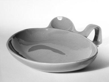 Eva Zeisel (American, born Hungary, 1906-2011). <em>Baby Dish</em>, ca. 1940. Glazed earthenware, 2 x 8 1/2 x 7 3/4 in. (5.1 x 21.6 x 19.7 cm). Brooklyn Museum, Gift of Eva Zeisel, 85.75.2. Creative Commons-BY (Photo: Brooklyn Museum, 85.75.2_bw.jpg)