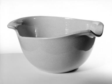Eva Zeisel (American, born Hungary, 1906-2011). <em>Mixing Bowl</em>, designed c. 1945-produced c. 1946. Glazed earthenware, Other: 4 7/8 x 9 7/8 x 2 in. (12.4 x 25.1 x 5.1 cm). Brooklyn Museum, Gift of Eva Zeisel, 85.75.5. Creative Commons-BY (Photo: Brooklyn Museum, 85.75.5_bw.jpg)
