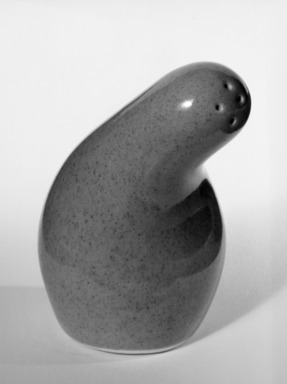 Red Wing Pottery (active 1936-1967). <em>Salt Shaker</em>, ca. 1945 (design); ca. 1946 (produced). Glazed earthenware, 3 x 1 1/2 in.  (7.6 x 3.8 cm). Brooklyn Museum, Gift of the artist, 85.75.9. Creative Commons-BY (Photo: Brooklyn Museum, 85.75.9_bw.jpg)