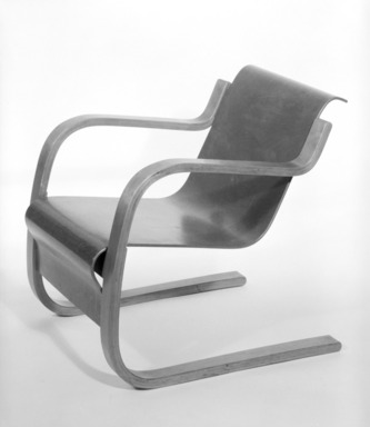 Alvar Aalto (Finnish, 1898-1976). <em>Armchair, Model 31</em>, ca. 1932. Birch plywood, 26 1/2 x 23 5/8 x 30 1/2 in. (67.3 x 60 x 77.5 cm). Brooklyn Museum, Designated Purchase Fund, 85.76. Creative Commons-BY (Photo: Brooklyn Museum, 85.76_bw.jpg)