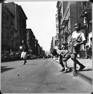 Arthur Leipzig (American, 1918-2014). <em>Tops</em>, 1949. Toned gelatin silver photograph, 10 × 10 in. (25.4 × 25.4 cm). Brooklyn Museum, Gift of the artist, 86.152.2. © artist or artist's estate (Photo: Brooklyn Museum, 86.152.2_bw.jpg)