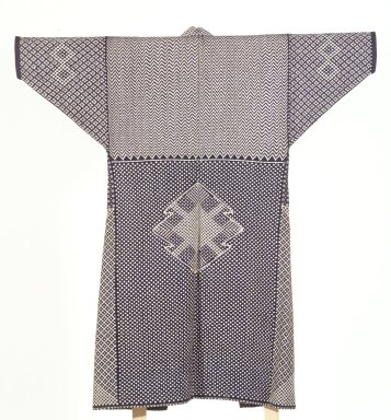 <em>Kogin Kimono</em>, 19th century. Embroidered cotton cloth, 50 x 45 1/2 in. (127 x 115.6 cm). Brooklyn Museum, Gift of Dr. Hugo Munsterberg, 86.188.2. Creative Commons-BY (Photo: Brooklyn Museum, 86.188.2.jpg)