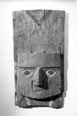 Chimú. <em>Mask</em>, 1000-1400. Wood, paint, textile, shell, 6 7/16 x 2 x 11 5/8 in. (16.4 x 5.1 x 29.5 cm). Brooklyn Museum, Gift of the Ernest Erickson Foundation, Inc., 86.224.124. Creative Commons-BY (Photo: Brooklyn Museum, 86.224.124_bw_acetate.jpg)
