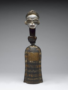 Tsogho. <em>Gong (Mokenge)</em>, 19th or 20th century. Iron, wood, paint, 16 3/4in. (42.5cm). Brooklyn Museum, Gift of the Ernest Erickson Foundation, Inc., 86.224.146. Creative Commons-BY (Photo: Brooklyn Museum, 86.224.146_front_PS6.jpg)