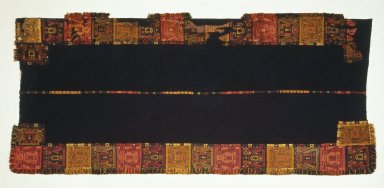 Paracas. <em>Mantle</em>, 100 B.C.E.-100 C.E. Camelid fiber, 110 1/4 x 48 13/16 in. (280 x 124 cm). Brooklyn Museum, Gift of the Ernest Erickson Foundation, Inc., 86.224.90. Creative Commons-BY (Photo: Brooklyn Museum, 86.224.90_SL1.jpg)
