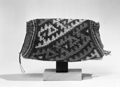 Chancay ( Attrib.  by N. Kajitani 1993). <em>Hairnet</em>, 1200-1500. Cotton, 4 9/16 × 10 1/4 × 1/8 in. (11.6 × 26 × 0.3 cm). Brooklyn Museum, Gift of the Ernest Erickson Foundation, Inc., 86.224.92. Creative Commons-BY (Photo: Brooklyn Museum, 86.224.92_bw_acetate.jpg)