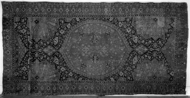 <em>Medallion Ushak Carpet</em>, 17th century. Wool, Old: 204 x 100 in. (518.2 x 254 cm). Brooklyn Museum, Gift of the Ernest Erickson Foundation, Inc., 86.227.113. Creative Commons-BY (Photo: Brooklyn Museum, 86.227.113a_overall_acetate_bw.jpg)