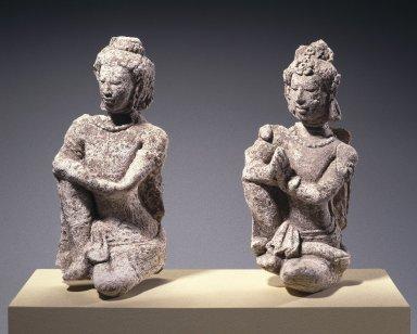 <em>Kneeling Praying Figure</em>, ca. 7th-8th century. Stucco, 11 x 5 1/4 x 4 in. (27.9 x 13.3 x 10.2 cm). Brooklyn Museum, Gift of the Ernest Erickson Foundation, Inc., 86.227.161. Creative Commons-BY (Photo: , 86.227.161_86.227.162_SL1.jpg)