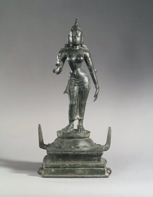 <em>Parvati</em>, 10th century. Bronze, with base: 16 3/4 in. (42.5 cm). Brooklyn Museum, Gift of the Ernest Erickson Foundation, Inc., 86.227.27. Creative Commons-BY (Photo: Brooklyn Museum, 86.227.27_transp4314.jpg)