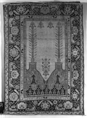 <em>Prayer Rug</em>, 18th century. Wool warp, weft and pile, Old: 66 x 48 in. (167.6 x 121.9 cm). Brooklyn Museum, Gift of the Ernest Erickson Foundation, Inc., 86.227.92. Creative Commons-BY (Photo: Brooklyn Museum, 86.227.92a_overall_acetate_bw.jpg)