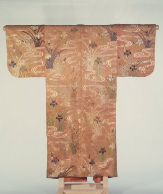 <em>No Robe</em>, 18th century. gold float-weave silk, 60 x 58 in. (152.4 x 147.3 cm). Brooklyn Museum, Gift of Dr. and Mrs. Raymond Sackler, 86.83 (Photo: Brooklyn Museum, 86.83.jpg)