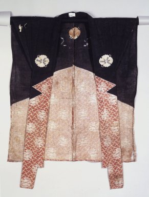 <em>Kyogen Kataginu</em>, 19th century. Textile, 34 1/2 x 24 1/2 in. (87.6 x 62.2 cm). Brooklyn Museum, Designated Purchase Fund, 86.85.2 (Photo: Brooklyn Museum, 86.85.2_front.jpg)