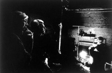 Nat Finkelstein (American, 1933-2009). <em>Warhol, Dylan and Malanga (Silhouette)</em>, n.d. Gelatin silver photograph, image: 15 1/4 x 22 1/2 in. (38.7 x 57.2 cm). Brooklyn Museum, Gift of the son of Abe and Esther Finkelstein, a Brooklyn cab driver and his wife, 87.150.3. © artist or artist's estate (Photo: Brooklyn Museum, 87.150.3.jpg)