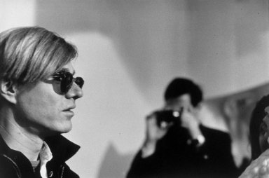 Nat Finkelstein (American, 1933-2009). <em>Andy Being Photographed</em>, ca. 1966, printed 1987. Gelatin silver photograph, image: 15 1/2 x 23 7/16 in. (39.4 x 59.5 cm). Brooklyn Museum, Gift of the son of Abe and Esther Finkelstein, a Brooklyn cab driver and his wife, 87.150.6. © artist or artist's estate (Photo: Brooklyn Museum, 87.150.6.jpg)