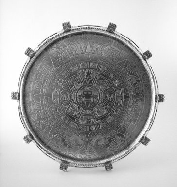 Tiffany & Company (American, founded 1853). <em>Tray or Waiter</em>, ca. 1893. Silver, agate, 2 x 21 x 21 x 21 in. (5.1 x 53.3 x 53.3 x 53.3 cm). Brooklyn Museum, Modernism Benefit Fund, 87.182. Creative Commons-BY (Photo: Brooklyn Museum, 87.182_bw.jpg)