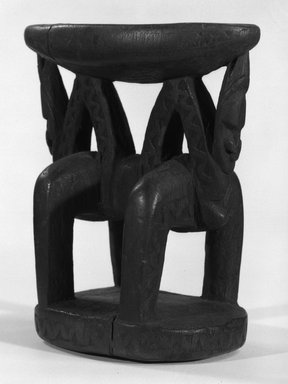 <em>Headrest</em>. Wood, 6 1/4 x 3 x 5 1/2 in. (15.9 x 7.6 x 14 cm). Brooklyn Museum, Gift of Marcia and John Friede and Mrs. Melville W. Hall, 87.218.63. Creative Commons-BY (Photo: Brooklyn Museum, 87.218.63_bw.jpg)