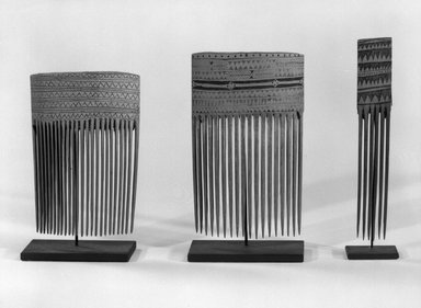 <em>Comb</em>. Bamboo, 4 x 2 3/4 in. (10.2 x 7 cm). Brooklyn Museum, Gift of Marcia and John Friede and Mrs. Melville W. Hall, 87.218.82. Creative Commons-BY (Photo: , 87.218.82_87.218.83_87.218.84_bw.jpg)