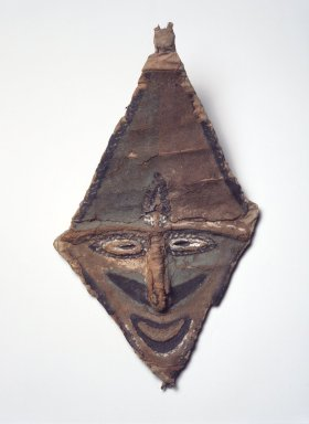 Malakula. <em>Mask</em>, late 19th century. Bamboo, trade cloth, vegetal-fiber paste, pigment, 15 x 9 1/4 x 2 1/2 in. (38.1 x 23.5 x 6.4 cm). Brooklyn Museum, Gift of Marcia and John Friede and Mrs. Melville W. Hall, 87.218.90. Creative Commons-BY (Photo: Brooklyn Museum, 87.218.90.jpg)