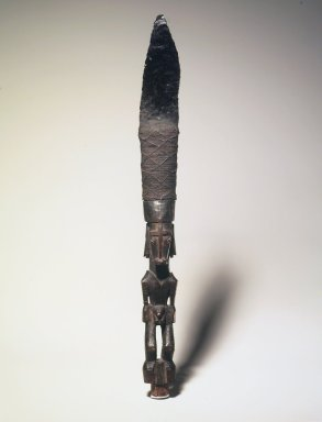 Matankol. <em>Dagger</em>, late 19th or early 20th century. Obsidian, clay, wood, coir, 16 x 1 5/8 x 1 1/2 in. (40.6 x 4.1 x 3.8 cm). Brooklyn Museum, Gift of Marcia and John Friede and Mrs. Melville W. Hall, 87.218.95. Creative Commons-BY (Photo: Brooklyn Museum, 87.218.95.jpg)