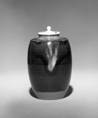 Onimaru Hekizan (Japanese, born 1947). <em>Cha - Ire (Tea Caddy)</em>, ca. 1987. Takatori ware, 3 5/8 x 2 1/4 in. (9.2 x 5.7 cm). Brooklyn Museum, Gift of Hekizan Onimaru, 87.82. Creative Commons-BY (Photo: Brooklyn Museum, 87.82_bw.jpg)