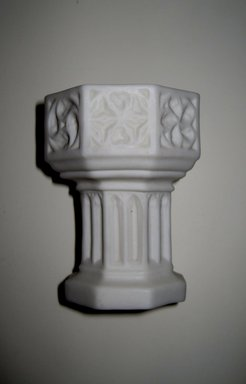 Worcester Royal Porcelain Co. (founded 1751). <em>Holy Water Font</em>, ca. 1877. Porcelain, height: 2 5/8 in. (6.7 cm); diameter: 2 5/8 in. (6.7 cm). Brooklyn Museum, Gift of Rosemarie Haag Bletter and Martin Filler, 2000.127.7. Creative Commons-BY (Photo: Brooklyn Museum, COLL.2000.127.7.jpg)