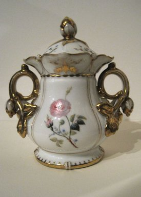 <em>Sugar Bowl with Cover</em>, late 18th-early 19th century. Bone China, 5 3/4 in. (14.6 cm). Brooklyn Museum, Gift of Judge Townsend Scudder, 51.159.97a-b. Creative Commons-BY (Photo: Brooklyn Museum, COLL.51.159.97a-b.jpg)
