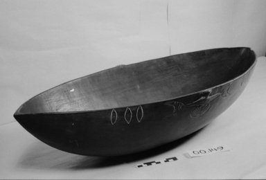 <em>Food Bowl</em>. Wood, pigment, 5 7/8 x 11 13/16 x 29 1/2 in. (15 x 30 x 75 cm). Brooklyn Museum, Brooklyn Museum Collection, 00.149. Creative Commons-BY (Photo: Brooklyn Museum, CUR.00.149_bw.jpg)