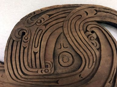<em>Frigate Bird Carving</em>. Wood, 18 1/2 x 10 13/16 in. (47 x 27.5 cm). Brooklyn Museum, Brooklyn Museum Collection, 00.150. Creative Commons-BY (Photo: , CUR.00.150_detail01.jpg)
