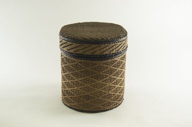 Kongo. <em>Round Basket with Cover</em>, late 19th century. Vegetable fiber, wood, 9 1/2 x 7 5/8 in. (24.2 x 19.4 cm). Brooklyn Museum, Brooklyn Museum Collection, 00.68a-b. Creative Commons-BY (Photo: Brooklyn Museum, CUR.00.68a-b_PS5.jpg)